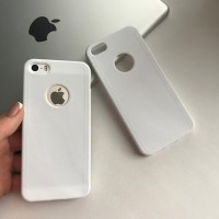 Силиконовый чехол под кожу с вырезом на iPhone 5/5S