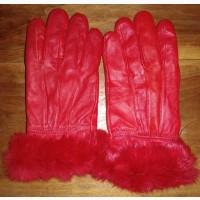 Женские кожаные перчатки с опушкой