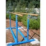 Брусья гимнастические, гимнастическое оборудование и снаряжение для школ, учебных заведен