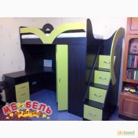 Детская кровать-чердак с рабочей зоной, угловым шкафом и лестницей-комодом (кл22) Merabel