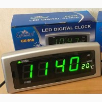 Часы с термометром Led Clock CX-820 с питанием от розетки 220 вольт
