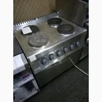 Плита б/у электрическая 4 конфорки с духовкой ZANUSSI PCF/E2