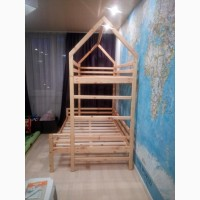 Кровать двохповерхова з натурального дерева