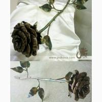 Кованая роза, роза из металла