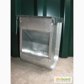 Бункерная кормушка для кроликов БК2 (с крышкой)