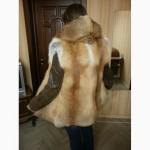 Новая жилетка из меха лисы с капюшоном