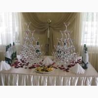 Пирамида из бокалов шампанского (горка)