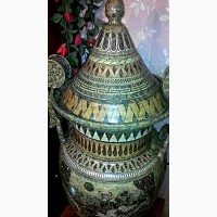 Большая ваза с крышкой.1м.14см.Гончарная работа(глина).Ручная роспись