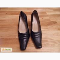 Туфли женские размер 36 черные закрытые б/у