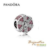 Оригинал шарм PANDORA искрящийся подарок 792006CZR