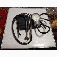 Продам прибор для измерения давления тонометр плюс стетоскоп