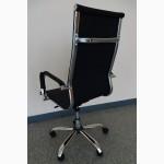 Компьютерное кресло в стиле hi-tech