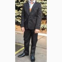 Школьный костюм для мальчика 1-2 касс р120 в школу (2 брюк и жакет)