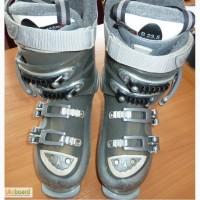 Горнолыжные ботинки Atomic. р. 23, 5-24, 0