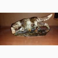Продам фарфоровую статуэтку Собака с дичью