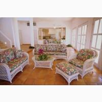 На производство мягкой мебели требуется столяр