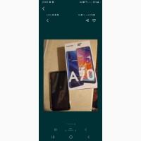 Продам телефон Самсунг А70