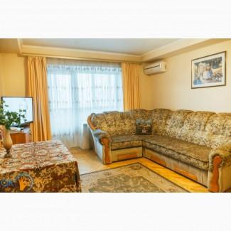Посуточно. 4комнатная квартира с тремя спальнями. Бул.Л.украинки, 9. Своя без комисионных