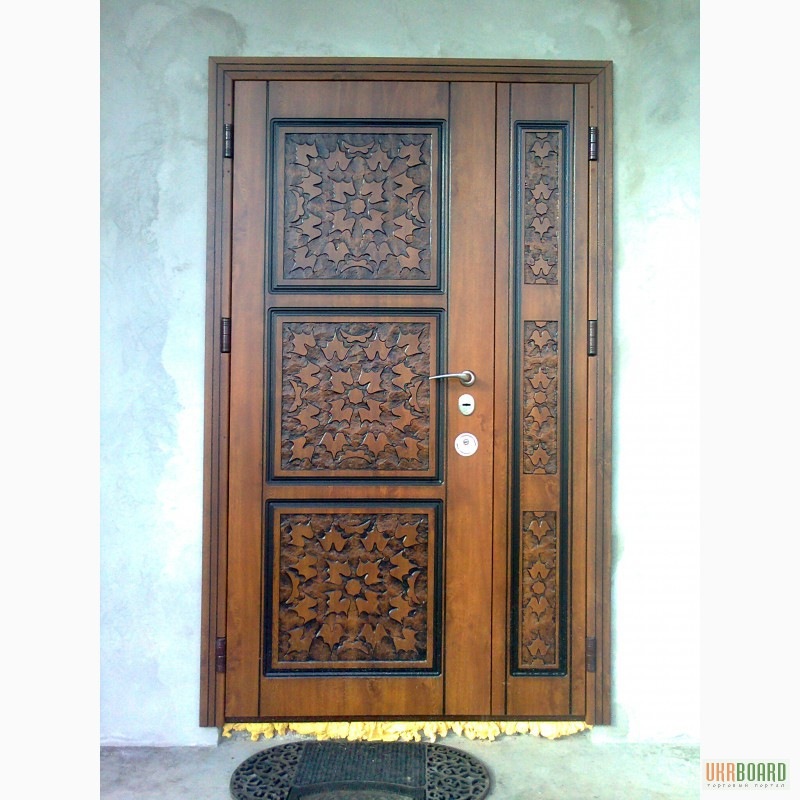 входные бронированые двери с окошком