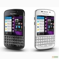 BlackBerry Q10 - сенсорный телефон с физической клавиатурой