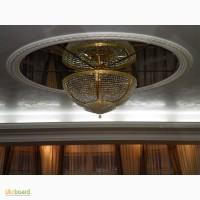 Декоративный зеркальный потолок в интерьере