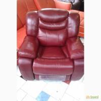 Кожаное кресло-реклайнер R-137