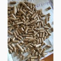 Пеллеты из сосны для сжигания / Мешки по 15 кг и 40кг