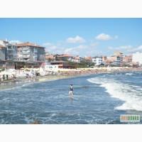 Летньiй отдьiх в частном секторе на Черном море в Поморие, Болгария
