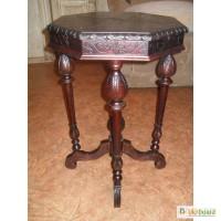 Продам Старинный восьмигранный столик, середины 19 века
