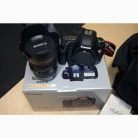 Canon EOS 5D Mark III з EF 24-105мм F 4L IS USM Kit з додатковими аксесуарами