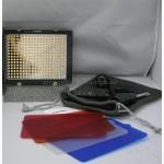 Накамерный фото видео свет Yongnuo YN-300II с регулировкой цветовой температуры