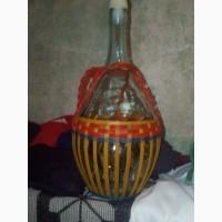 Продам старинную бутылку СССР