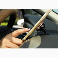 Магнитный держатель для телефона в авто хороший подарок