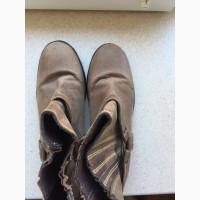 Продам ботинки замшевые