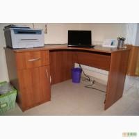 Продам письменный угловой стол б/у