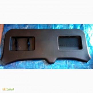 Защита крышки багажника 90901-EB302 на Nissan Pathfinder 05-12 (Ниссан Пасфаиндер)