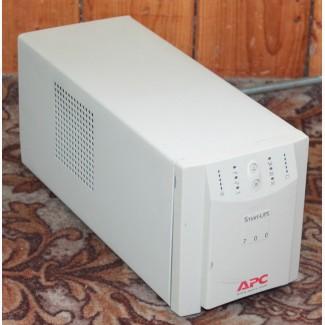 Источник бесперебойного питания ИБП APC Smart-UPS 700VA SU700iNET б/у, без батарей