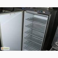 Продается профессиональный холодильный шкаф б/у Jarp