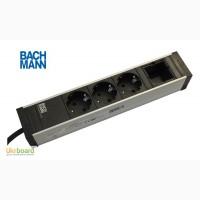 Накладной блок розеток Bachmann Universal 3x220 + Keystone