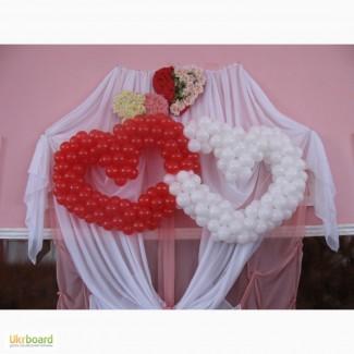 Сердце из шаров, переплетенныесердца из воздушных шаров