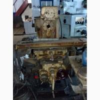 6Р81, 6Р82 Станок горизонтальный консольно-фрезерный с поворотным столом