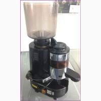 Кофемолка б/у Gino Rossi Rr45spm. Гарантия 6 мес