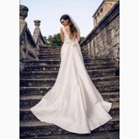 Продам шикарное свадебное платье известного бренда