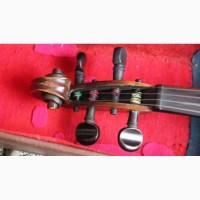 Старовинна скрипка ручної роботи