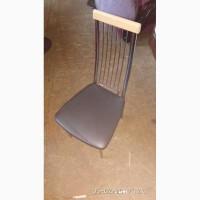 Продам б/у стул черный кожзаменителя металлический хромированный каркас для кафе