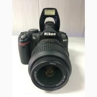 Продам Nikon D3000 18-55VR Kit