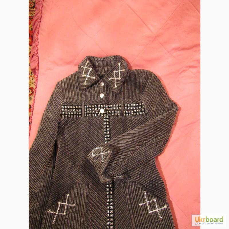 Пальто плащ вельветовое. грн. 250