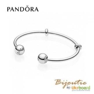 Pandora браслет Открытый браслет-бангл MOMENTS 596477