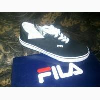 Продам кроссовки Fila 42
