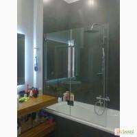 Стеклянные двери-шторки раздвижные и распашные для ванной